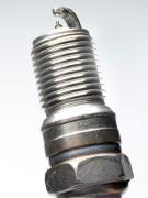 Свеча зажигания Husqvarna SGO002 5776166-02